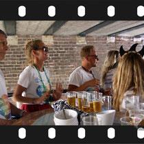 288 Amsterdam Canal Pride 2019 v.a de NH Radio Pride boot 26