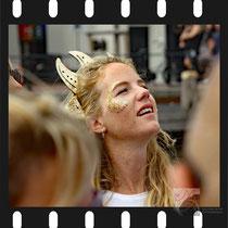 033   Amsterdam Canal Pride 2019 v.a de NH Radio Pride boot 26