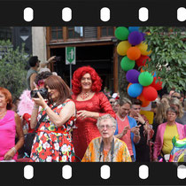264 Amsterdam Canal Pride 2019 v.a de NH Radio Pride boot 26