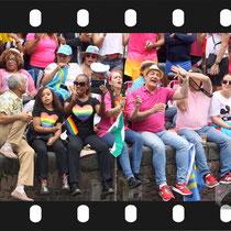 237 Amsterdam Canal Pride 2019 v.a de NH Radio Pride boot 26