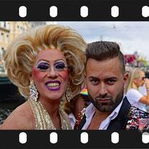 011 Amsterdam Canal Pride 2019 v.a de NH Radio Pride boot 26