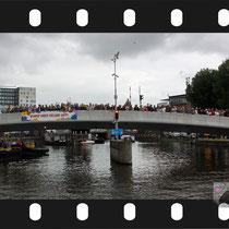 344 Amsterdam Canal Pride 2019 v.a de NH Radio Pride boot 26