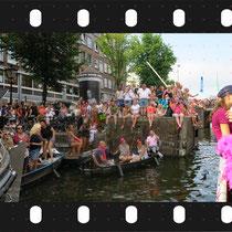 329- Canal Pride 2018  ©Marja Roele-Aertsen   Contact : +31 6 26952602