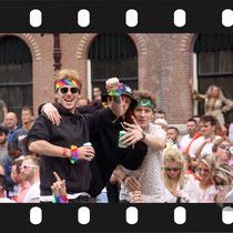 200 Amsterdam Canal Pride 2019 v.a de NH Radio Pride boot 26