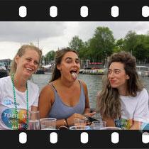 347 Amsterdam Canal Pride 2019 v.a de NH Radio Pride boot 26