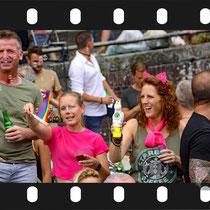 092 Amsterdam Canal Pride 2019 v.a de NH Radio Pride boot 26
