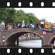 027  Amsterdam Canal Pride 2019 v.a de NH Radio Pride boot 26