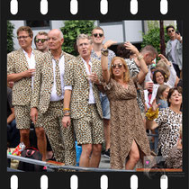 261 Amsterdam Canal Pride 2019 v.a de NH Radio Pride boot 26