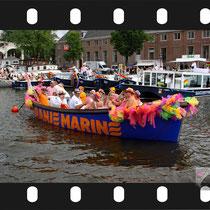 029   Amsterdam Canal Pride 2019 v.a de NH Radio Pride boot 26