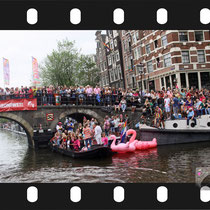 327 Amsterdam Canal Pride 2019 v.a de NH Radio Pride boot 26