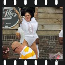 179 Amsterdam Canal Pride 2019 v.a de NH Radio Pride boot 26