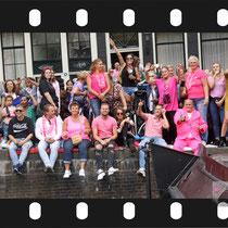 256 Amsterdam Canal Pride 2019 v.a de NH Radio Pride boot 26