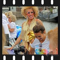044 Amsterdam Canal Pride 2019 v.a de NH Radio Pride boot 26