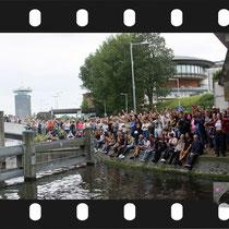 342 Amsterdam Canal Pride 2019 v.a de NH Radio Pride boot 26