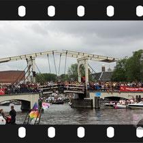 136 Amsterdam Canal Pride 2019 v.a de NH Radio Pride boot 26