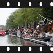 320 Amsterdam Canal Pride 2019 v.a de NH Radio Pride boot 26