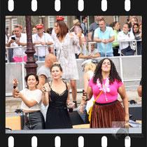107 Amsterdam Canal Pride 2019 v.a de NH Radio Pride boot 26
