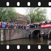 326 Amsterdam Canal Pride 2019 v.a de NH Radio Pride boot 26