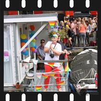 297 Amsterdam Canal Pride 2019 v.a de NH Radio Pride boot 26