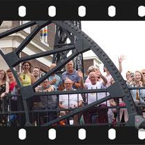 083 Amsterdam Canal Pride 2019 v.a de NH Radio Pride boot 26