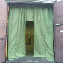 Брезентовые шторы с комплектом крепежа для ворот ангара