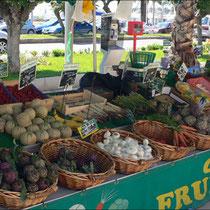 Marché provençal Sanary sur Mer