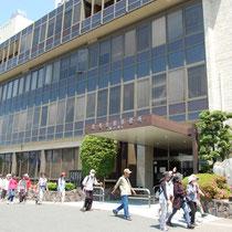 北名古屋市役所を黙々と通過