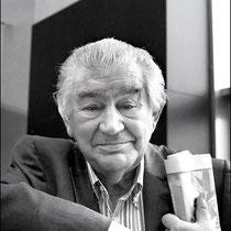 Antonio Gamoneda. Spanish writer. Premio Cervantes  de Literatura, 2006.