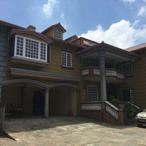 Das neue Gemeindehaus von außen.
