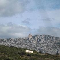 Blick nach Burg Quéribus