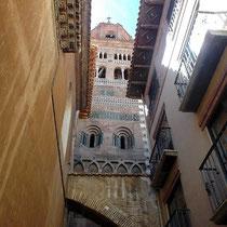 Mudéjar in Reinform - Blick auf Turm der Kathedrale
