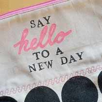 say hello to a new day (and a new year) - genähtes Täschchen von develloppa