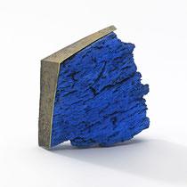 ANNAMARIA ZANELLA, Blue Rock, Brosche, Gold, Korkeiche, Lapislazulipulver, Acryl, Eisen, Gold, Silber