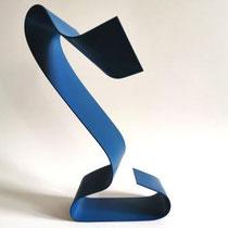 ARMINA HATIC, Skulptur blau, Metall, Farbe