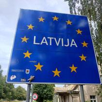 In Lettland angekommen - Stups freut sich :-)