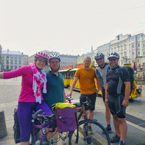 Start der Radtour in Linz