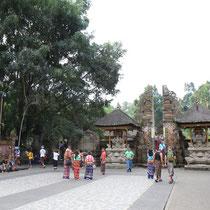 Tirta Empul Tempel Bali