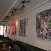 Büro- und Geschäftsräume mit Bildern von Linda Ferrante