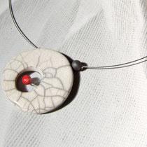 aperçu collier contemporain en céramique raku