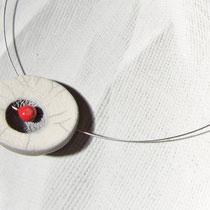 aperçu collier blanc craquelé pièce unique