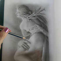 Suzan te Wildt grafiet tekening in progress
