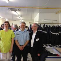 Jeudi 11 juillet à Coutances, nous inaugurions la nouvelle blanchisserie de l'ESAT entourés de tous les travailleurs handicapés. Ceux-ci étaient heureux de ce nouvel instrument de travail, qui a été édifié en grande partie grâce à la qualité et au sérieux
