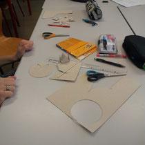 réalisation de maquette à la Calder, cours d'arts apliqués