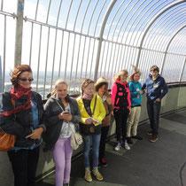 Am Donauturm hatten wir beste Aussicht - aber es war sehr windig