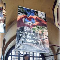 <h1>Maxibanner</h1><p>Für die Marburg Tourismus und Marketing GmbH (MTM) haben wir diesen Maxibanner für den Hbf Gießen anlässlich der Landesgartenschau in Gießen konzipiert und gestaltet.</p>