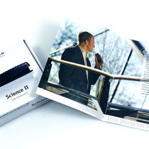 <h1>Imagebroschüre und Produktverpackung</h1><p>Die Firma Audiotranskription mit Sitz in Marburg wurde 2009 mit dem 1. Platz beim Hessischen Gründerpreis ausgezeichnet und vertreibt Diktier- und Transkriptions-Software und Produkte.</p>