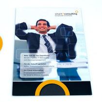 <h1>A4 Werbebroschüre</h1><p>Messe-Portfolioflyer für die Firma smartITconsulting. Umgesetzt wurden auch ein Direkt-Mailing und Werbeartikel.</p>