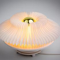PAPIER-art ART-papier, Papierlampe, Unikat, wandelbar, Papierschichten, weiß, Mattsee, Österreich