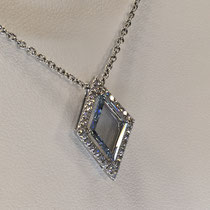 オークション出品商品ダイヤモンドネックレス写真2
