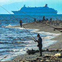釣り人@三保海岸